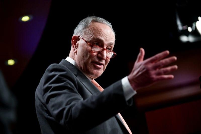 Thượng viện Mỹ đạt được thỏa thuận để tránh chính phủ đóng cửa