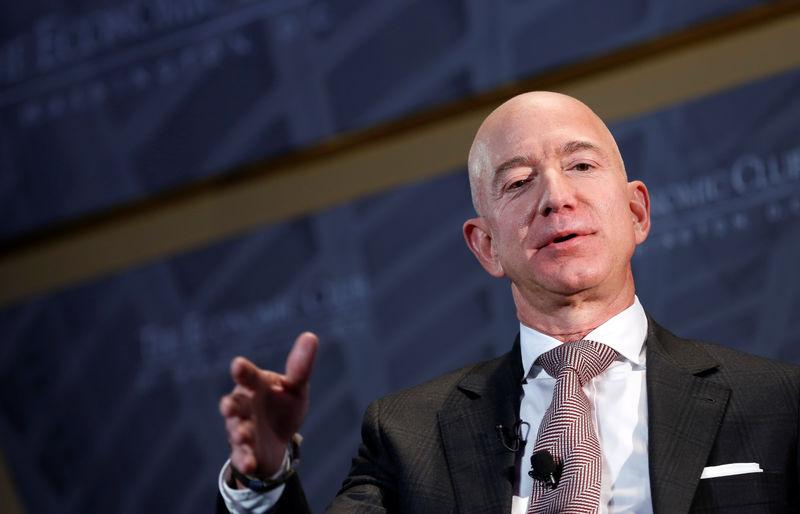 Jeff Bezos cam kết chi 1 tỷ USD để bảo tồn thiên nhiên