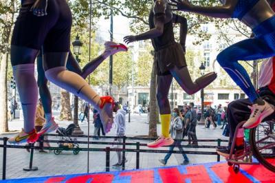 Nike: Tăng trưởng doanh thu bị kìm hãm vì sự gián đoạn sản xuất tại Việt Nam