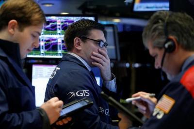 Dow Jones giảm 2 tuần liên tiếp, sụt hơn 2% tuần qua
