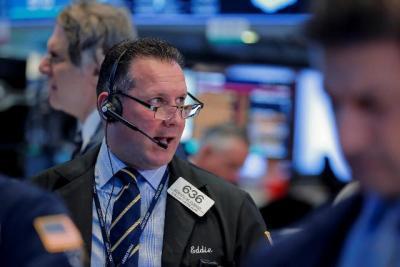 Dow Jones khởi sắc, tăng hơn 200 điểm
